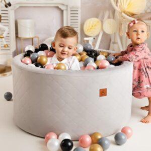 Bällebad 90x42cm inklusive 250 Bälle in verschiedenen Farben Stoff Velvet online kaufen Österreich und Detschland